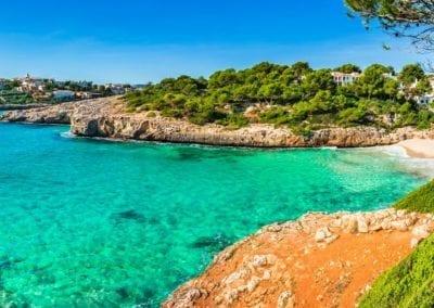 mydaycharter.com Yachtcharter Mallorca Aussicht auf Bucht und Strand Panorama