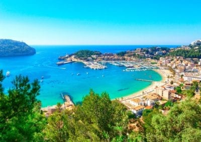 mydaycharter.com Yachtcharter Mallorca Aussicht Bucht Palma Schiffe Hafen Stadt